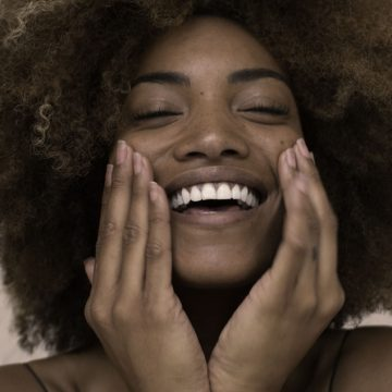 Routine beauté du matin : 3 gestes rapides pour une peau lumineuse
